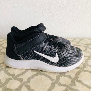Toddler Nike's size 10.5